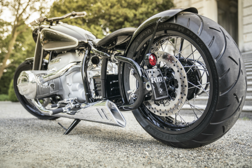Мотоцикл BMW Concept R18 заглянул на территорию Харлея