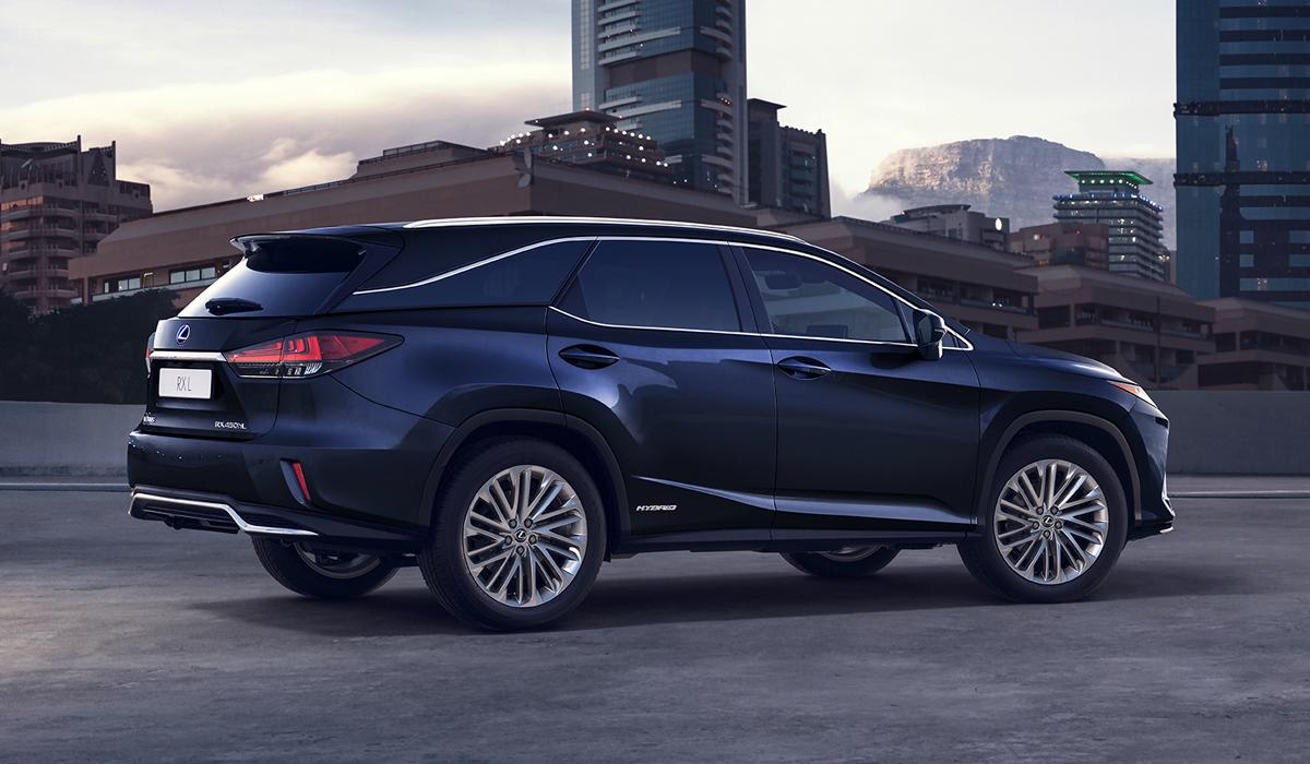 Обновленный Lexus RX стал более драйверским