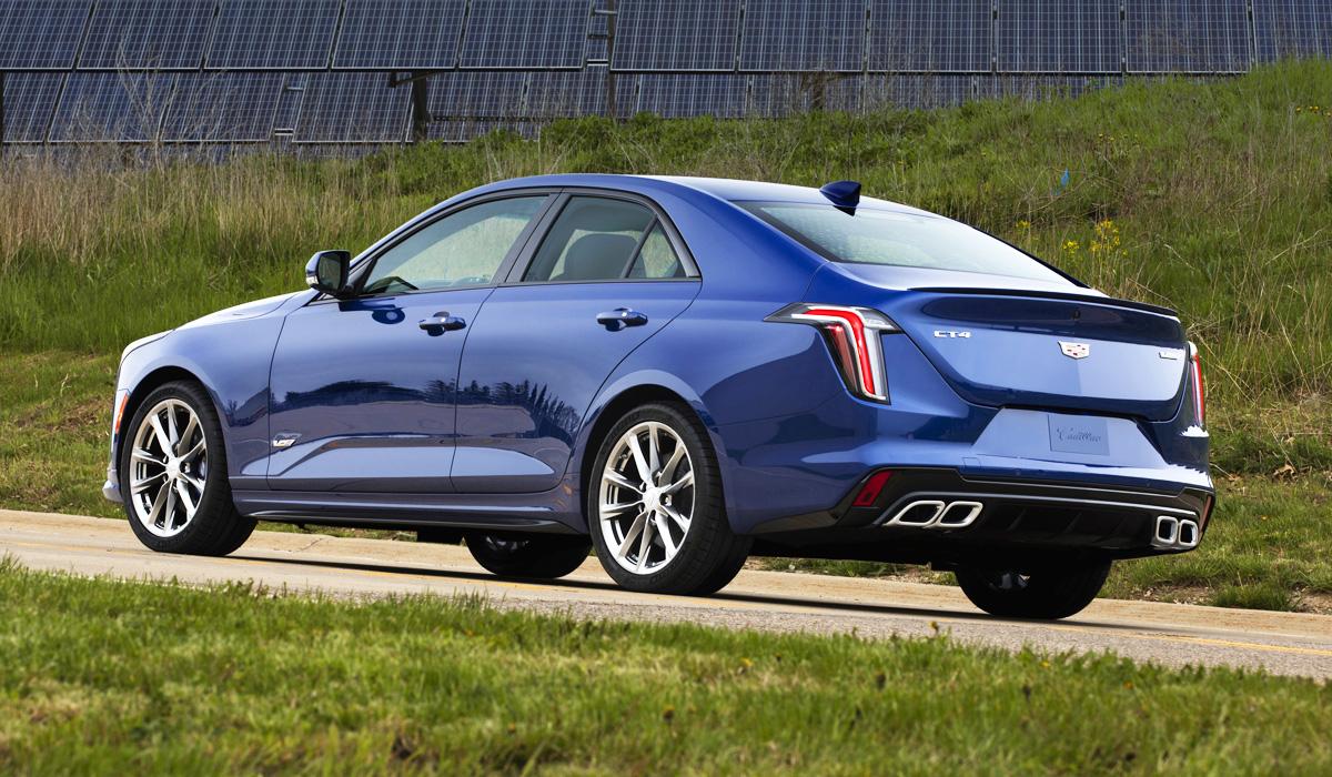Седан Cadillac CT4 дебютировал в самой мощной версии