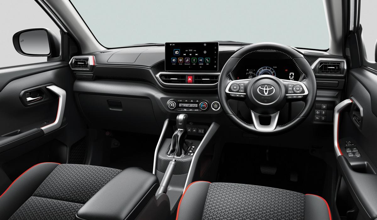 Картинки по запросу Toyota Raize салон