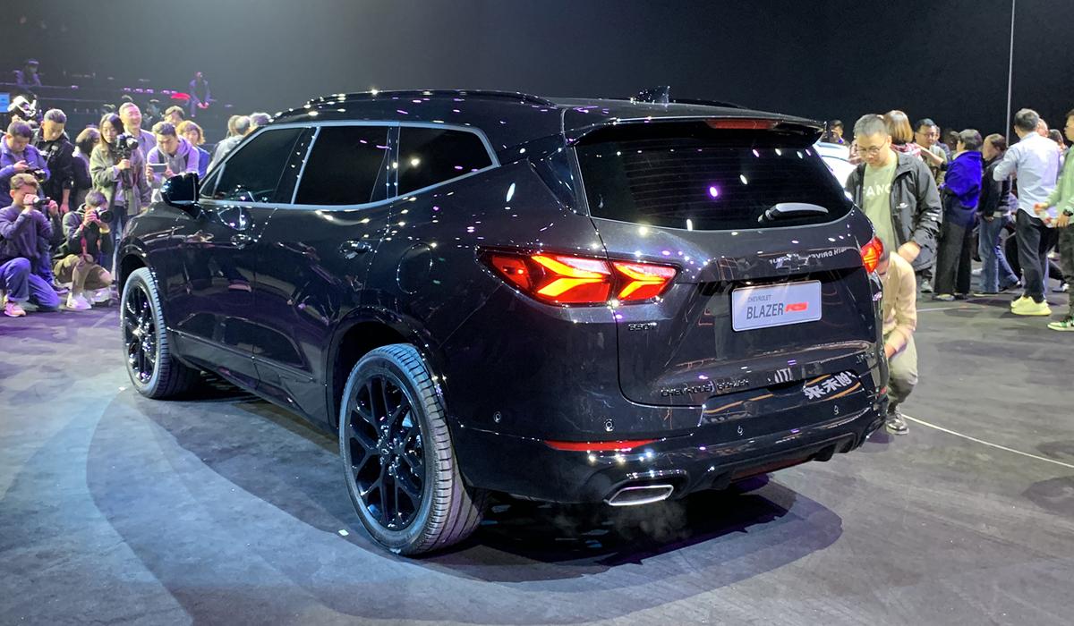 Представлены универсал Chevrolet Menlo и семиместный Blazer