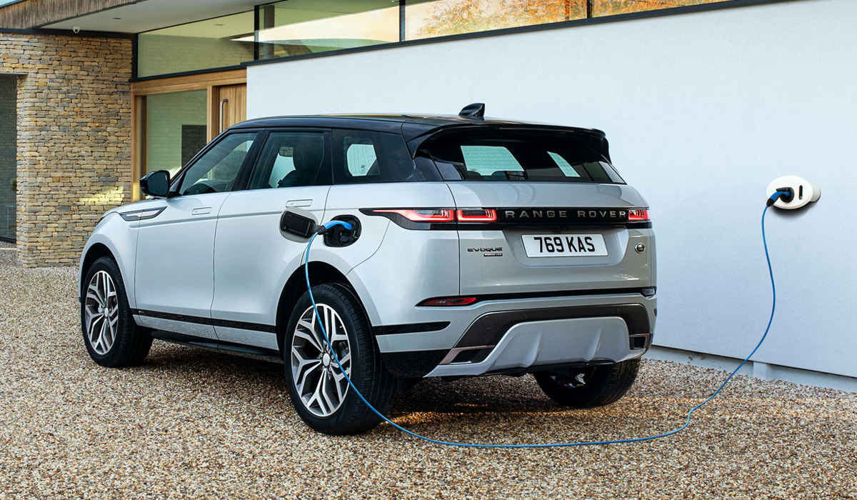 Range Rover Evoque и Land Rover Discovery Sport стали гибридами