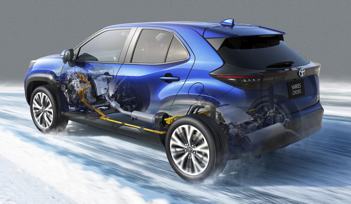 Серийная Toyota Yaris Cross: гибрид, бензин и заводской тюнинг