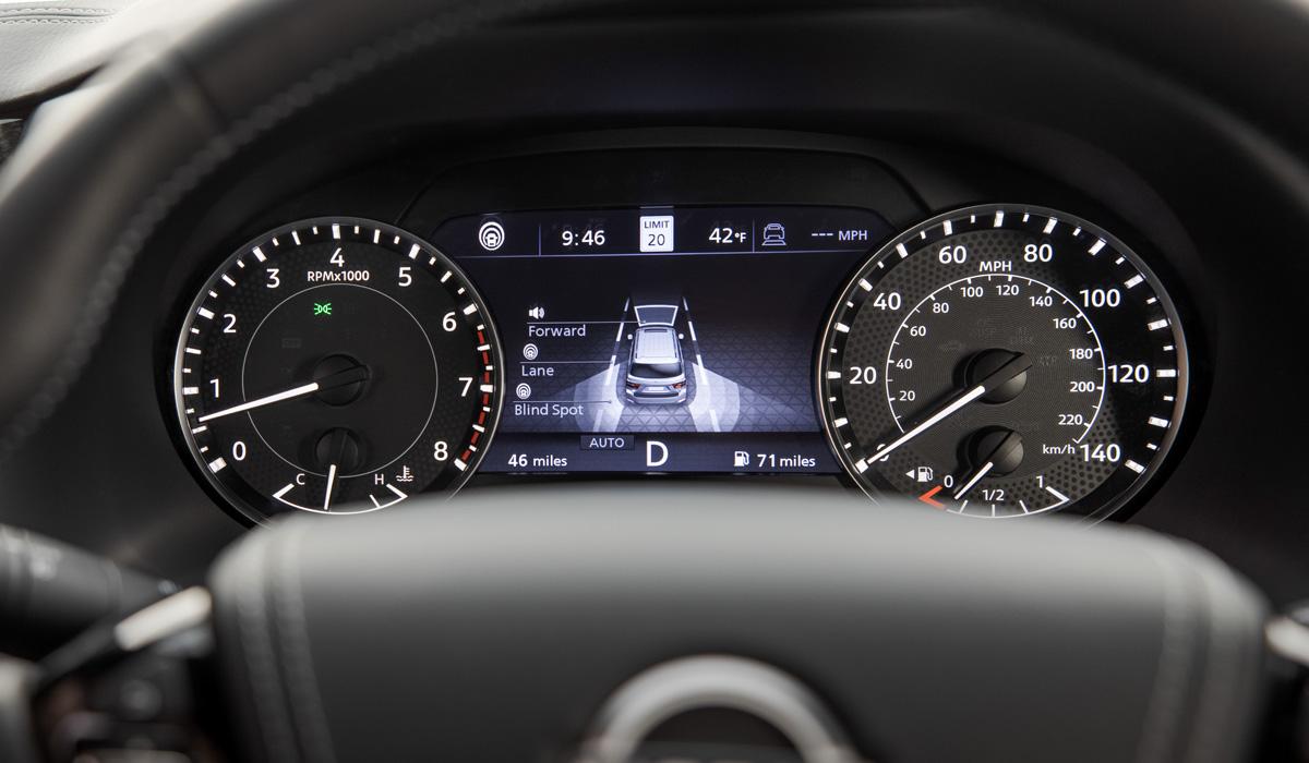 Nissan Armada5 - Обновленный Nissan Armada не стал точной копией модели Patrol