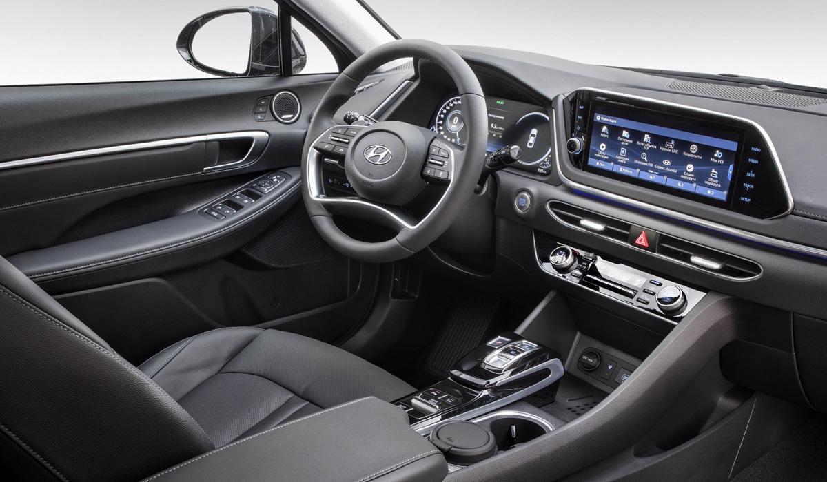Седан Hyundai Sonata перешел на CKD: новые комплектации и цены