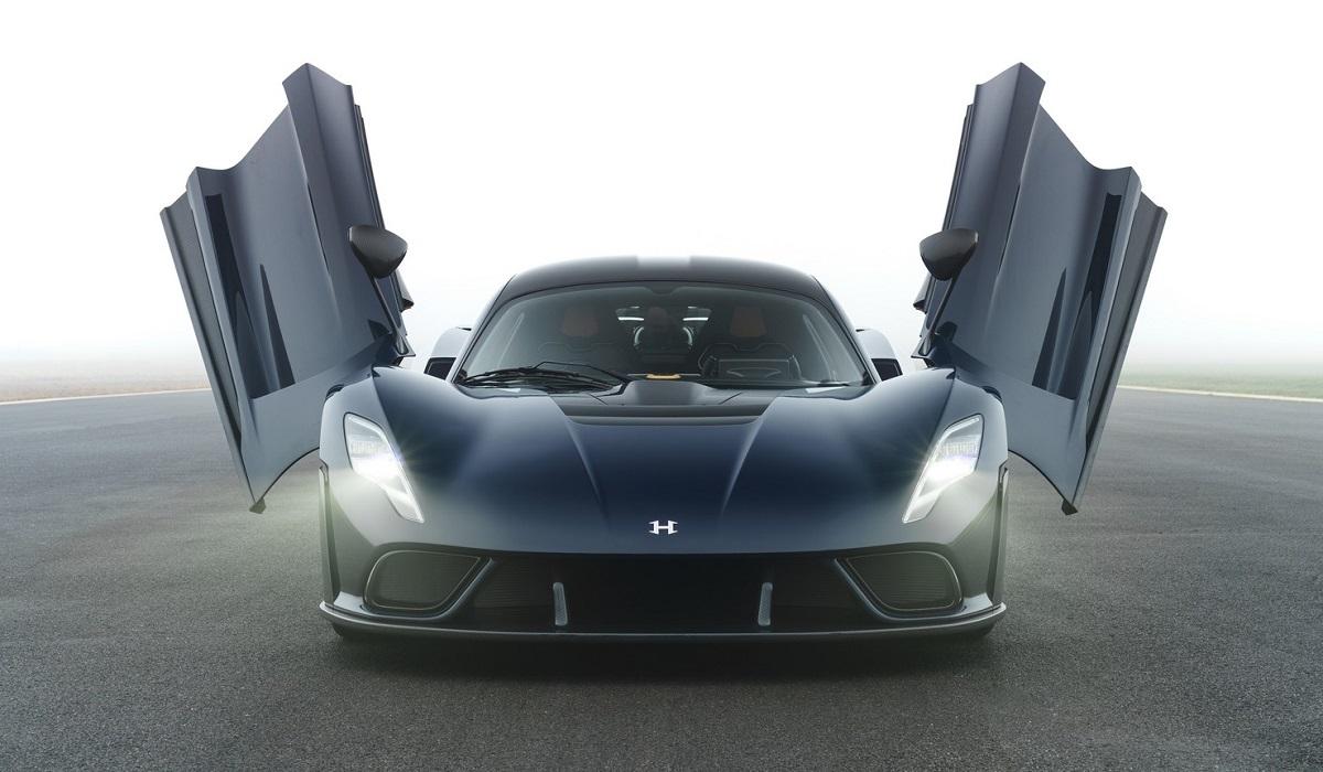 Гиперкар Hennessey Venom F5 назван в честь смертоносных ураганов: серийная версия