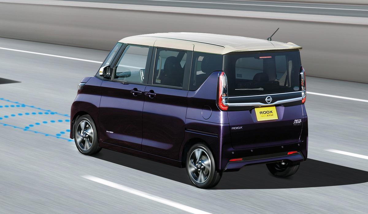 Микровэн Nissan Roox дебютировал в нескольких вариантах