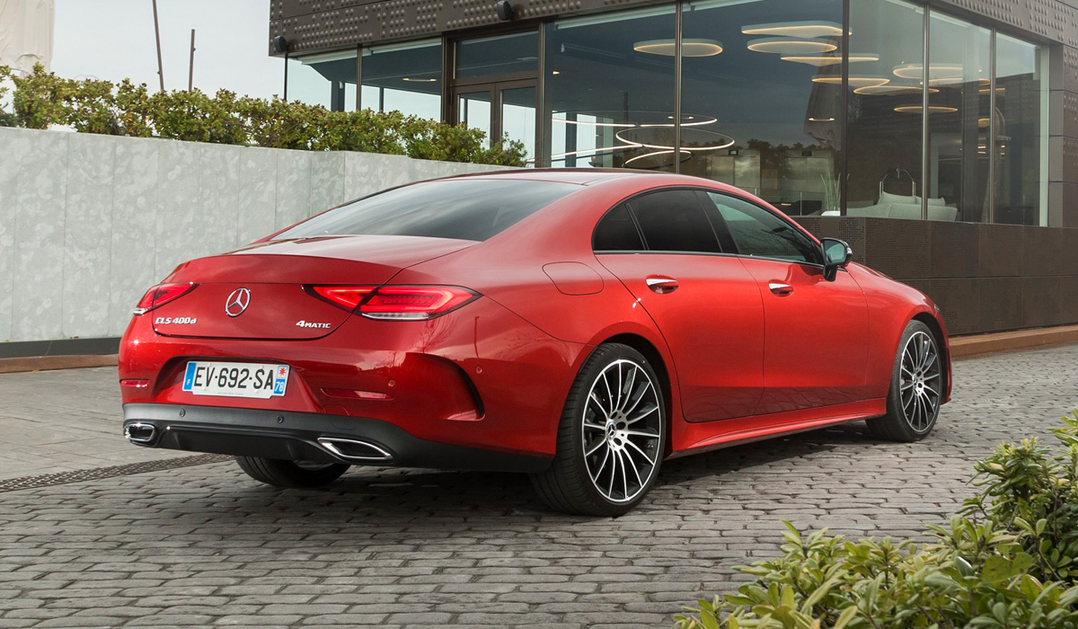 "The current Mercedes-Benz CLS debuted in the fall of 2017, so it's too early for a full-fledged facelift. But the ""four-door coupe"" has already got some elements of the recently updated ""eshka"