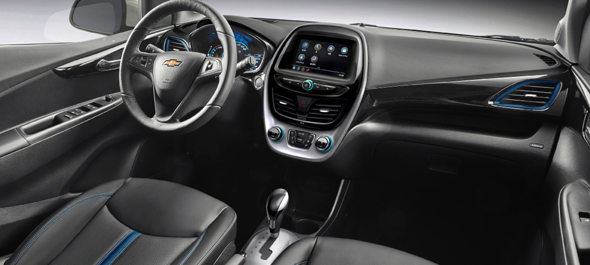 Chevrolet Spark has got an led interior light, an unzipped seat belt indicator on the back seat (previously it was only on the front seats) and a pair of new body colors (bright blue and orange)