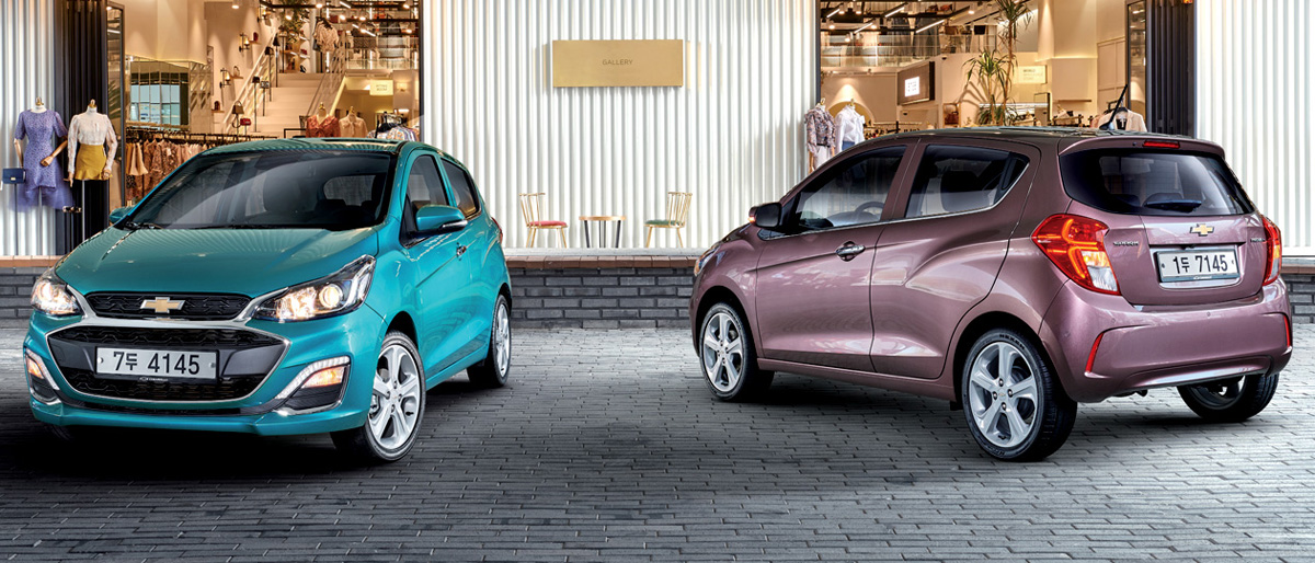 """The technique remains the same: in Korea, the Chevrolet Spark is offered with a liter three-cylinder engine (75 HP), which is paired with a five-speed """"mechanics"""" or CVT"""