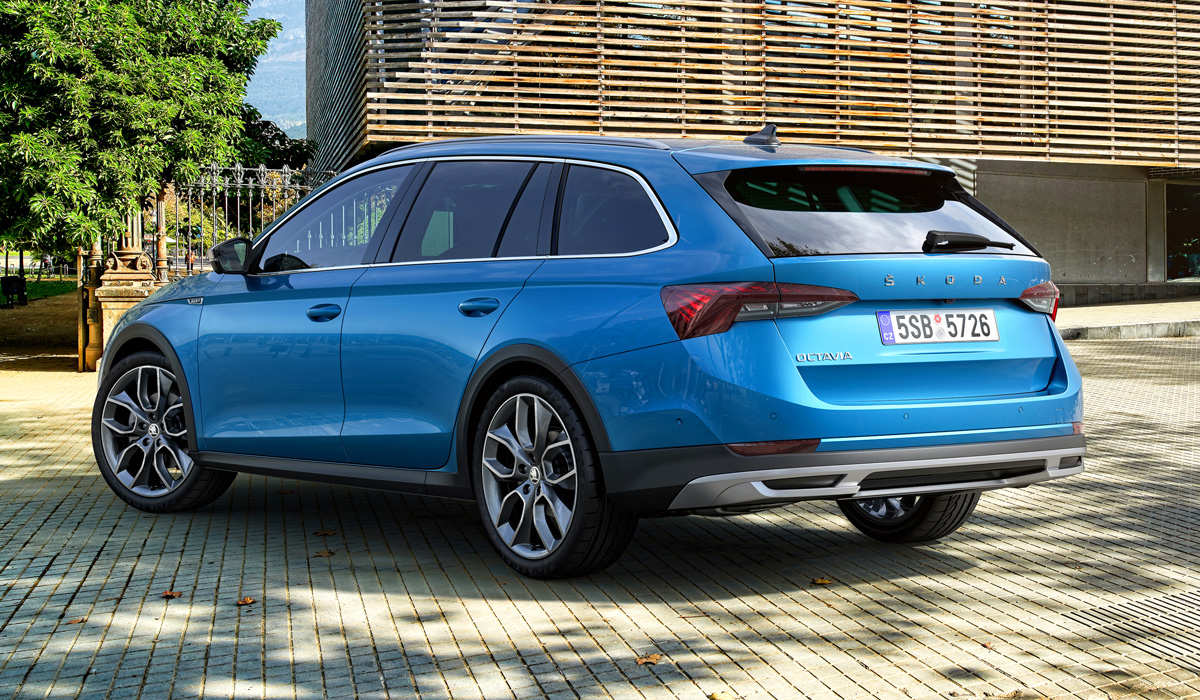 The Skoda Octavia Scout will be on the European market in July. But the prospects for such a version in Russia are still vague: the former Scout was removed from our market two years ago due to low demand.