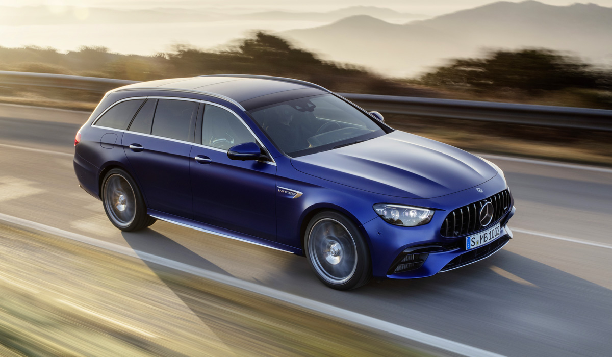 """The only update is the replacement of the rear mechanical """"self-locking"""" version of the E 63 with an electronically controlled differential, which previously only relied on the S-version. But the Mercedes-AMG E 63 S"""