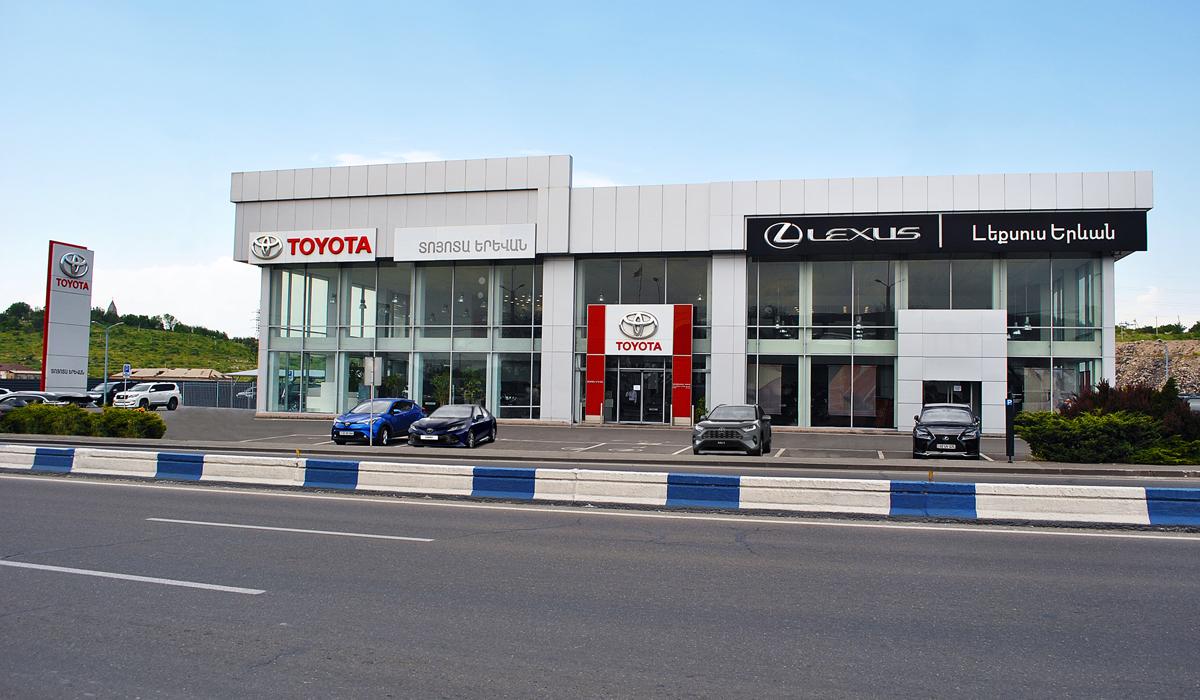 Тойоты российской сборки начали поставлять в Армению
