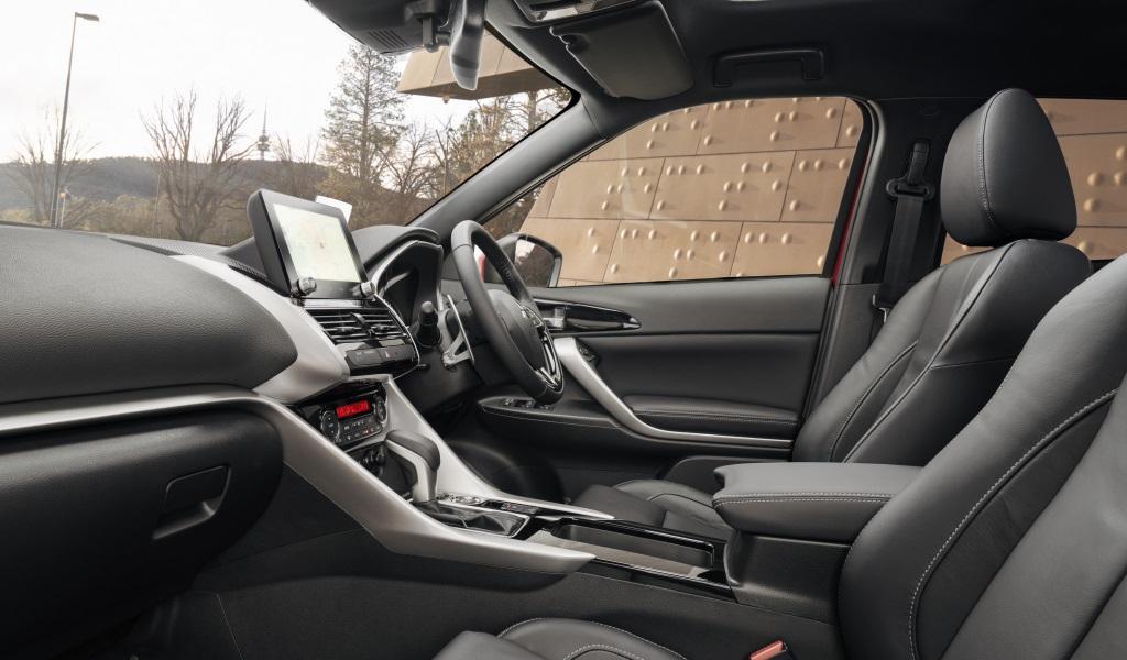Обновленный кроссовер Mitsubishi Eclipse Cross заметно прибавил в габаритах