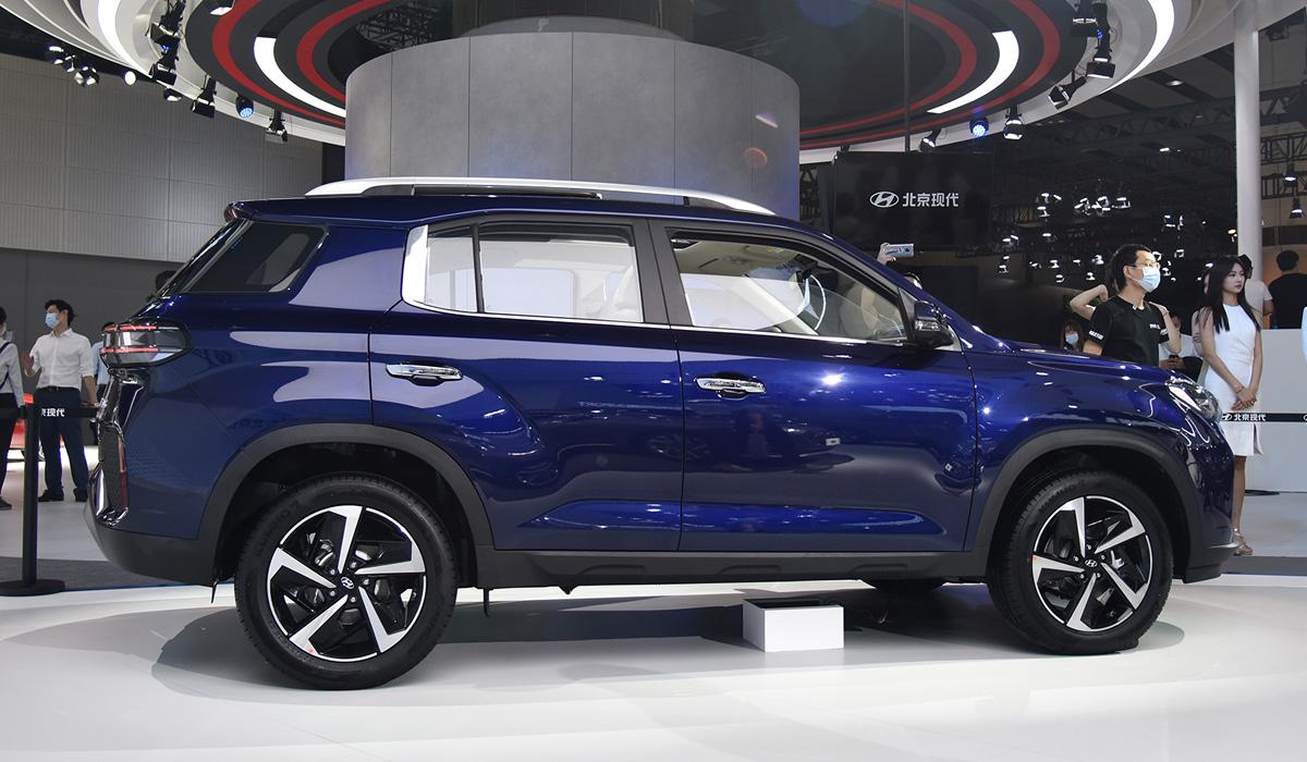 Кроссовер Hyundai ix35 сменил внешность