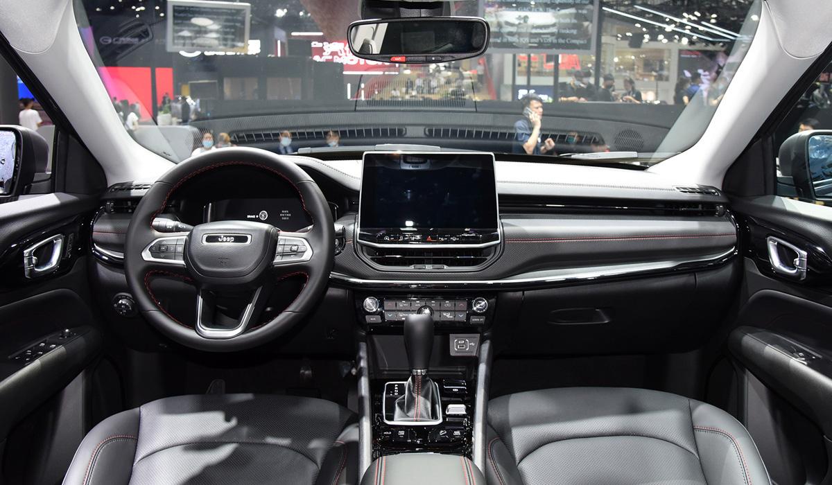 Обновленный кроссовер Jeep Compass: мировая премьера в Китае