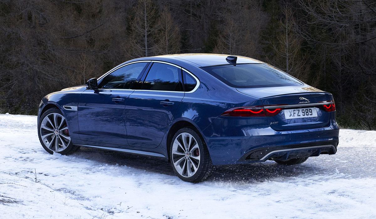 Семейство Jaguar XF обновлено по образцу кроссовера F-Pace