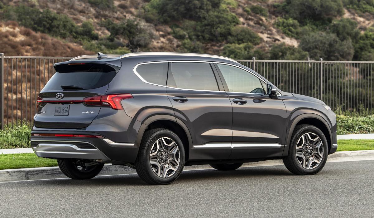 Обновленный Hyundai Santa Fe: вся моторная гамма