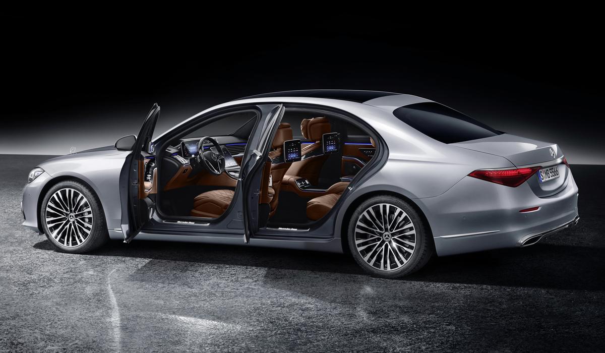 mercedes s class06 - Новый Mercedes-Benz S-класса: интерьерная революция