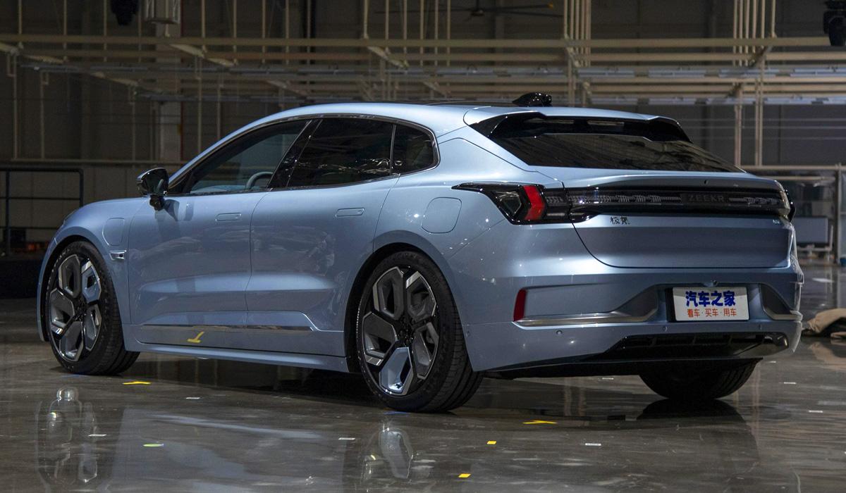 Представлен электромобиль Zeekr 001: все характеристики
