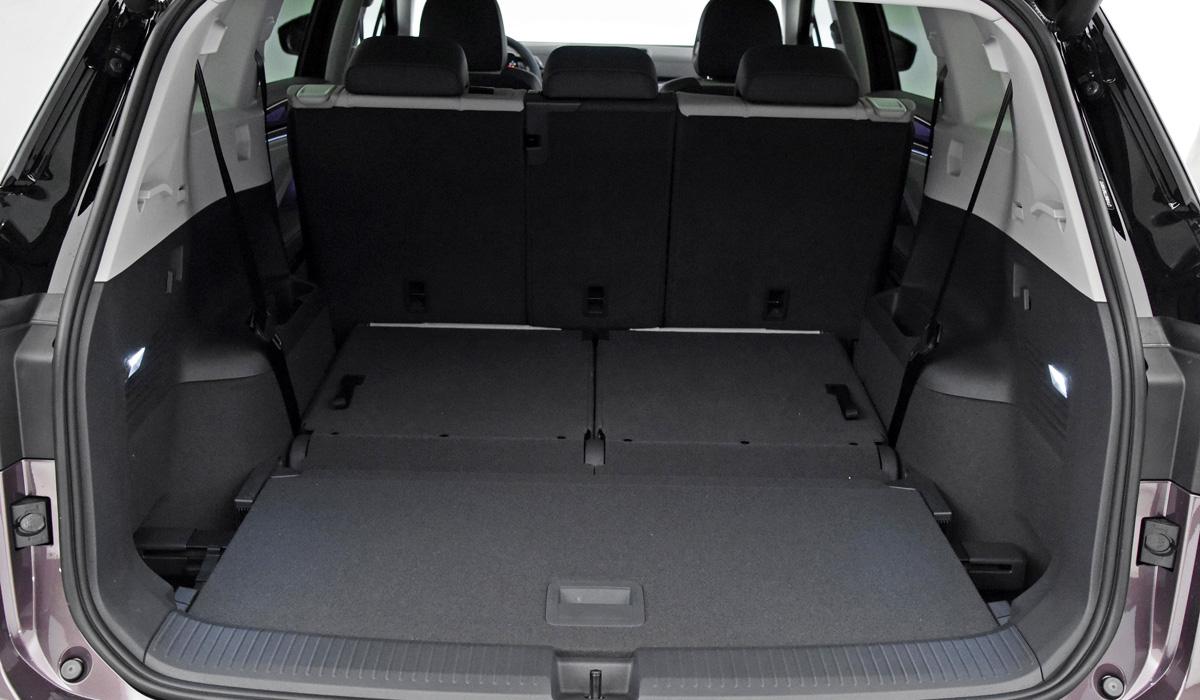 Трехрядный кроссовер Volkswagen ID.6 в двух версиях дебютировал в Китае