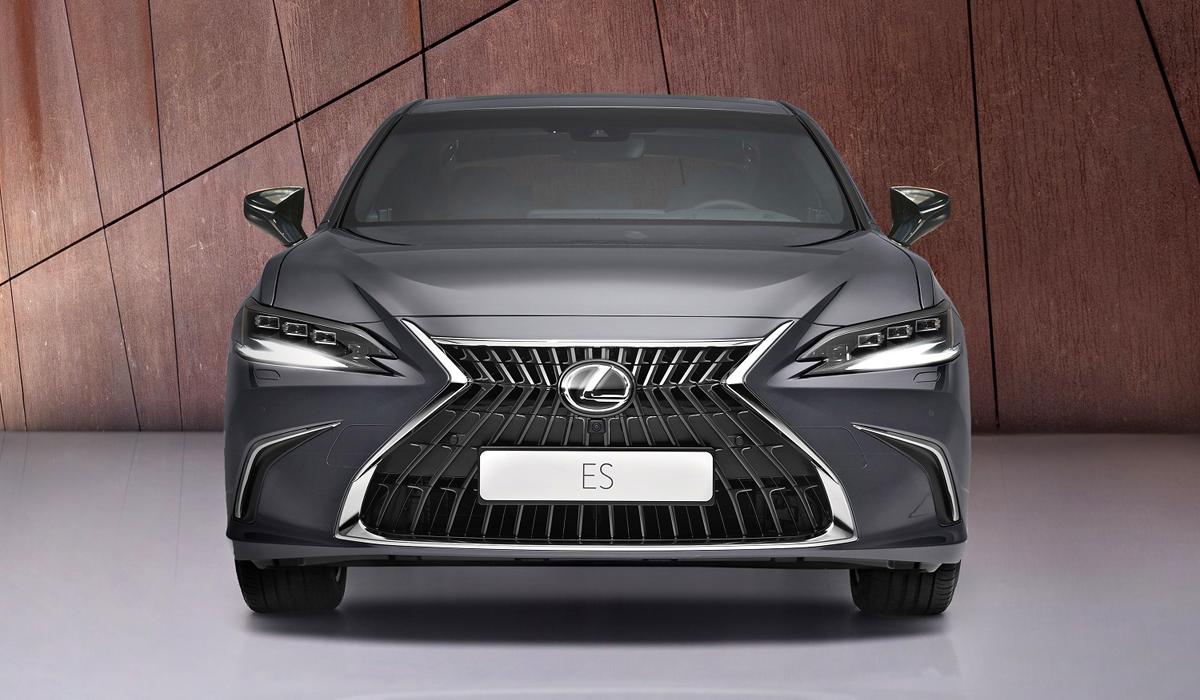 Обновленный седан Lexus ES: доработана ходовая часть тачскрин и вариатор