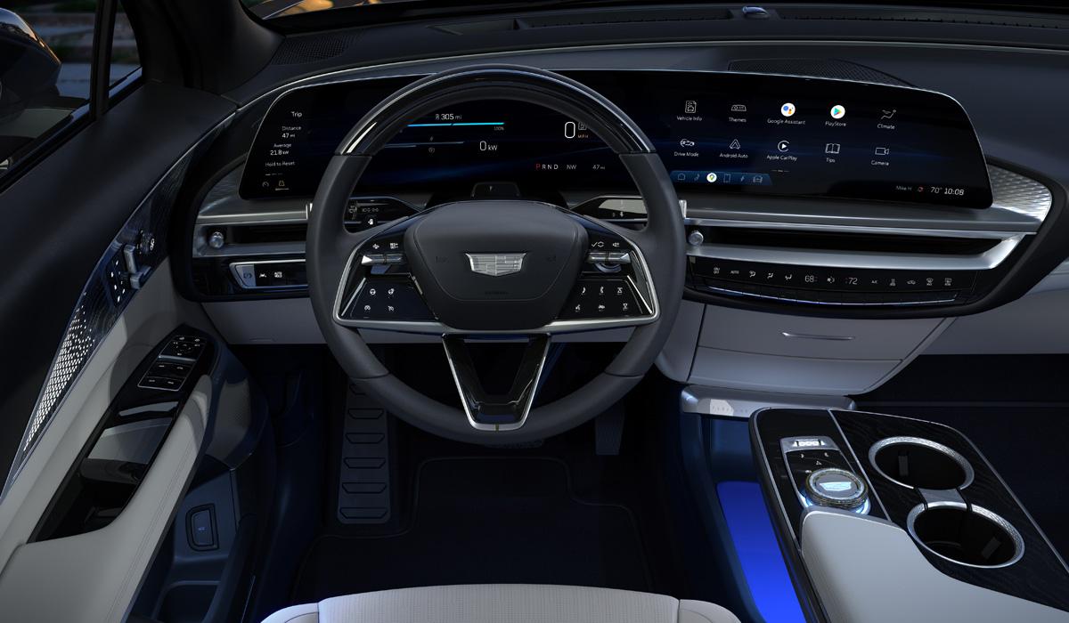 Cadillac Lyriq 05