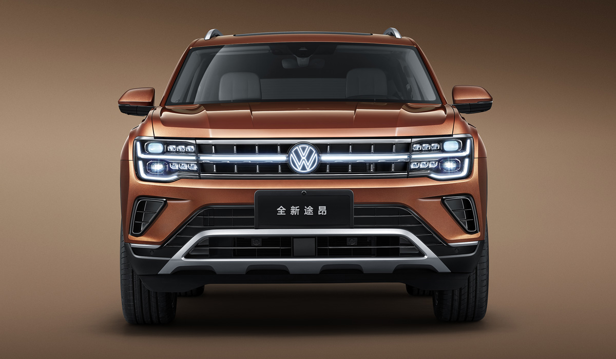 Китайский Volkswagen Teramont обновлен масштабнее американского