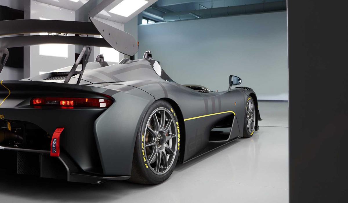 Трековый спорткар Dallara Stradale EXP оказался тяжелее дорожного