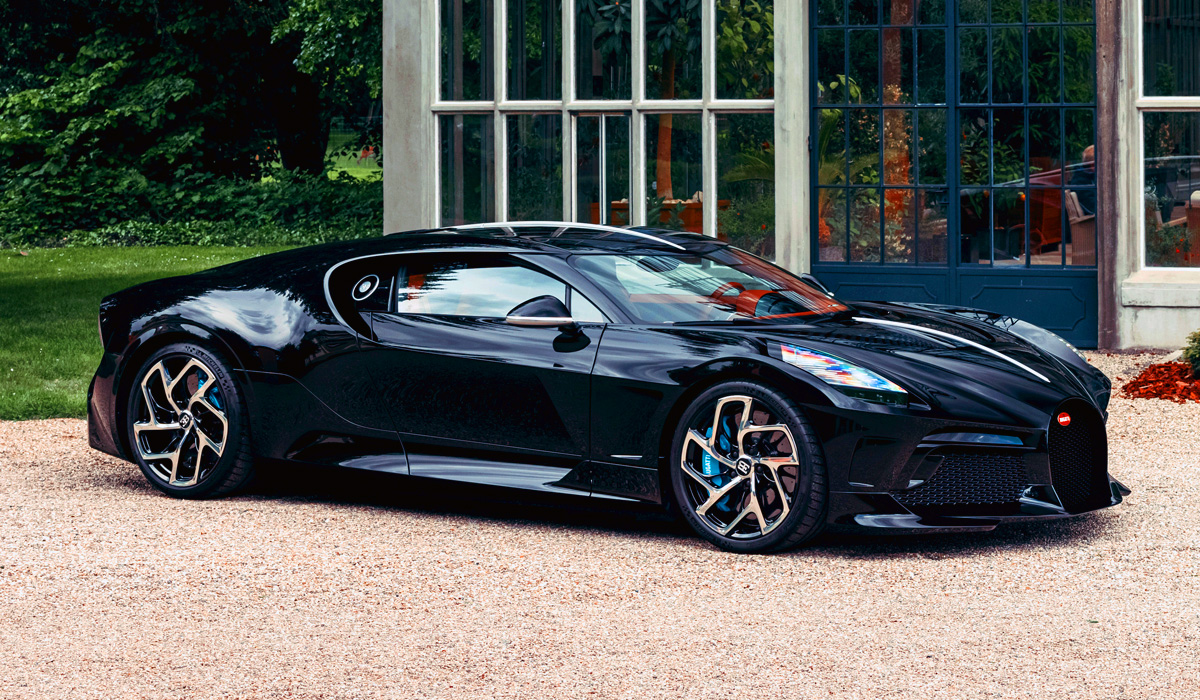Уникальный гиперкар Bugatti La Voiture Noire полностью готов