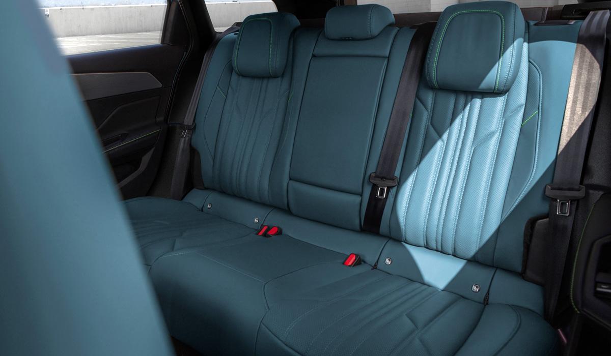 Представлен новый универсал Peugeot 308 SW