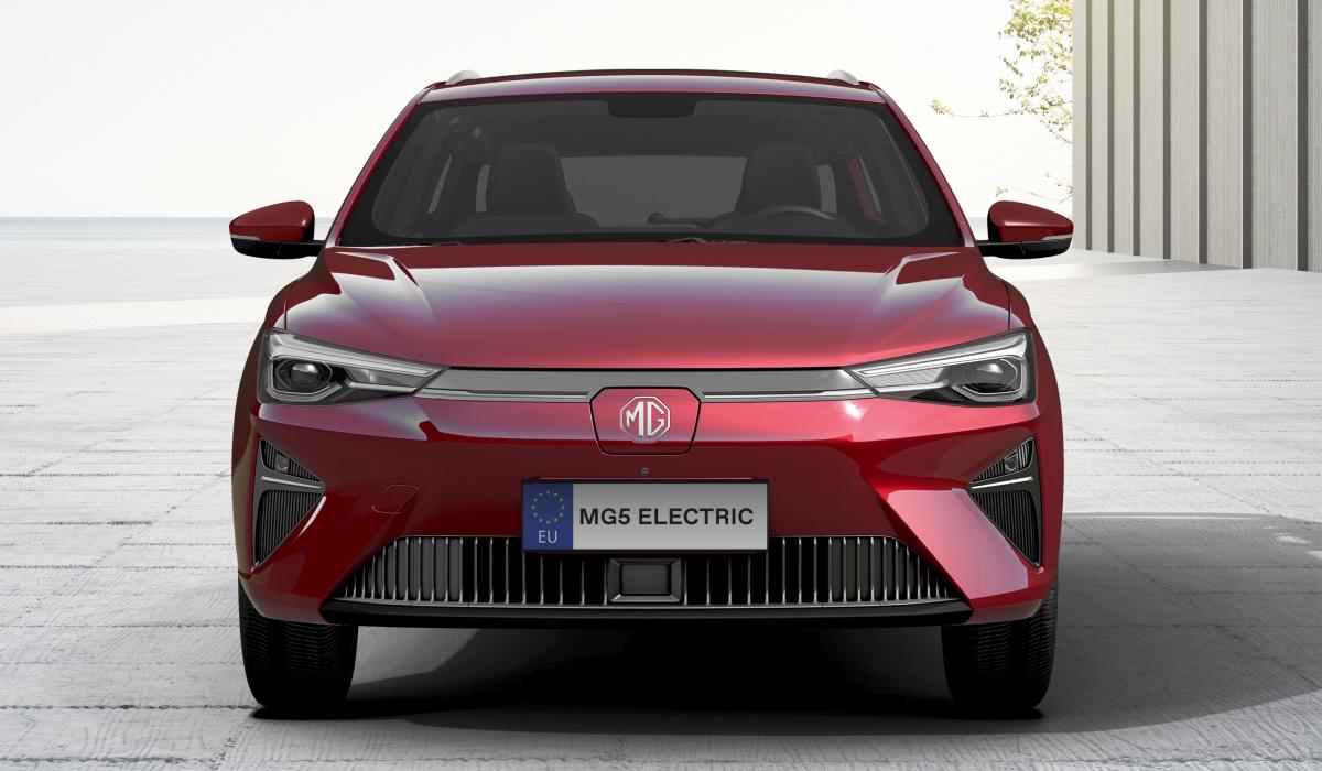 Что дала смена бренда: новые электромобили MG Marvel R и MG 5 для Европы