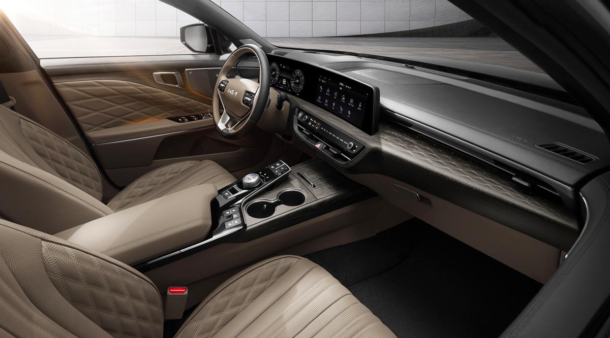 Представлен новый большой седан Kia K8