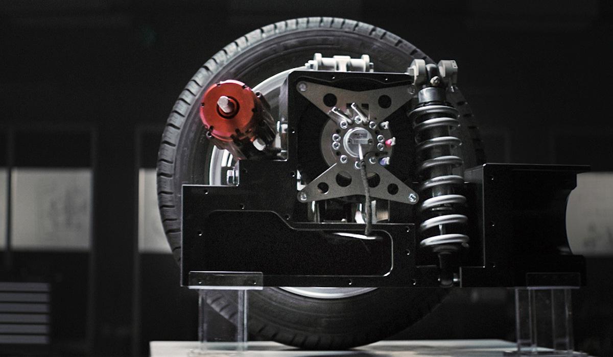 Фирмы AAM и REE представили шасси с мотор-колесами для будущих моделей