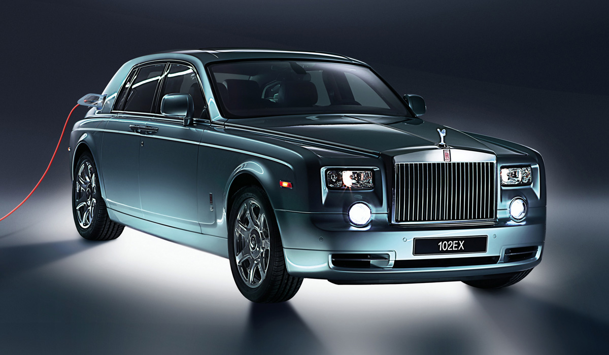 Rolls-Royce Spectre станет первым электромобилем марки