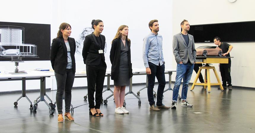 Рэно представляет Symbioz: Концепцию автомобиля будущего в 2030
