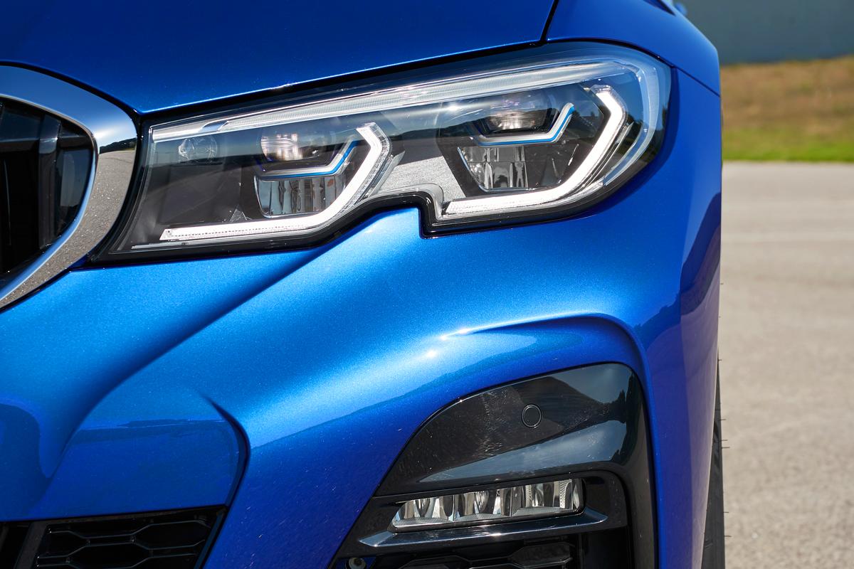 О новом BMW третьей серии не выезжая с паркинга