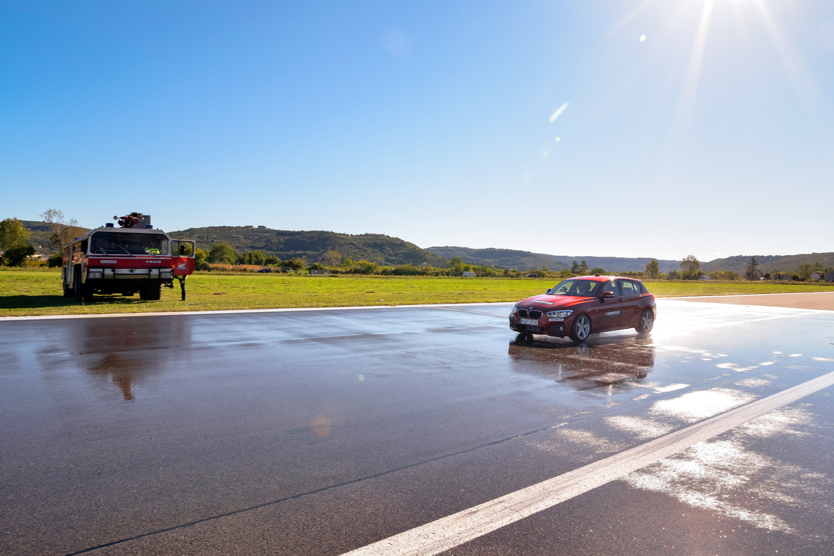 Новые летние шины Hankook: на аэродроме и на горном допе с перекрытием!