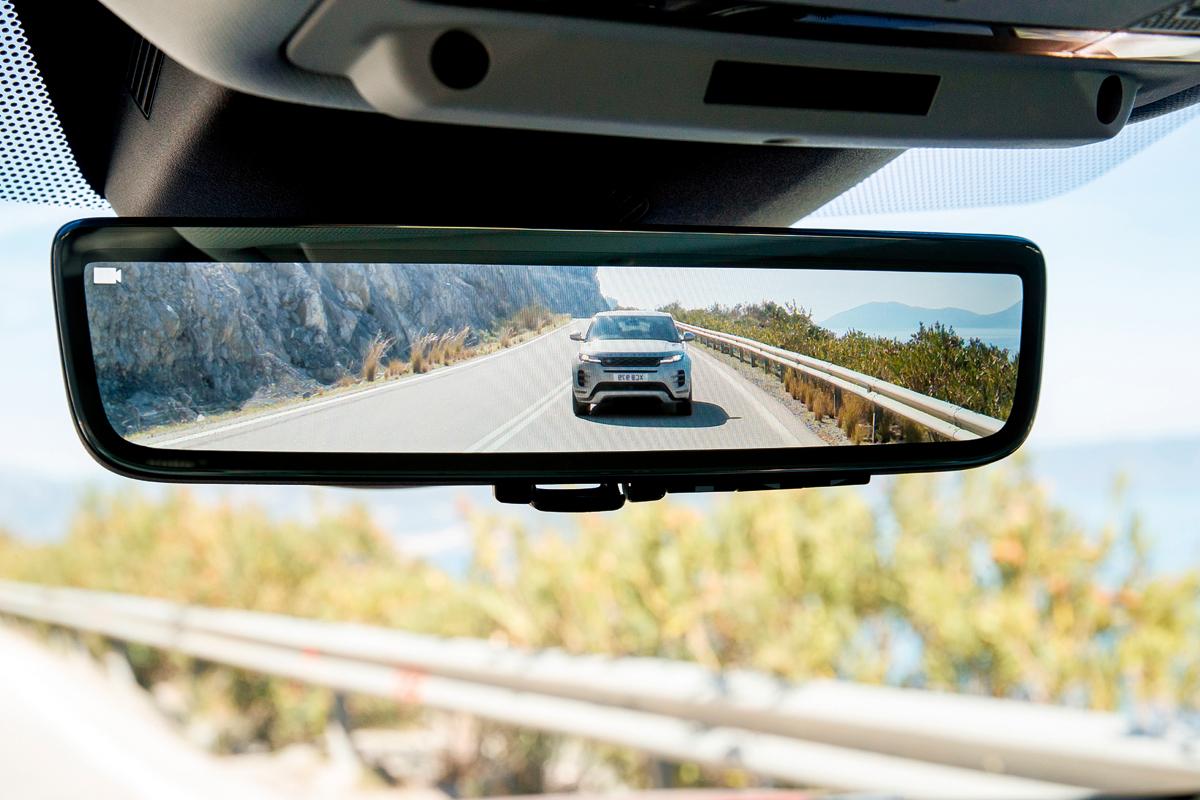 Новый Range Rover Evoque на дорогах Греции — он лучше старого!