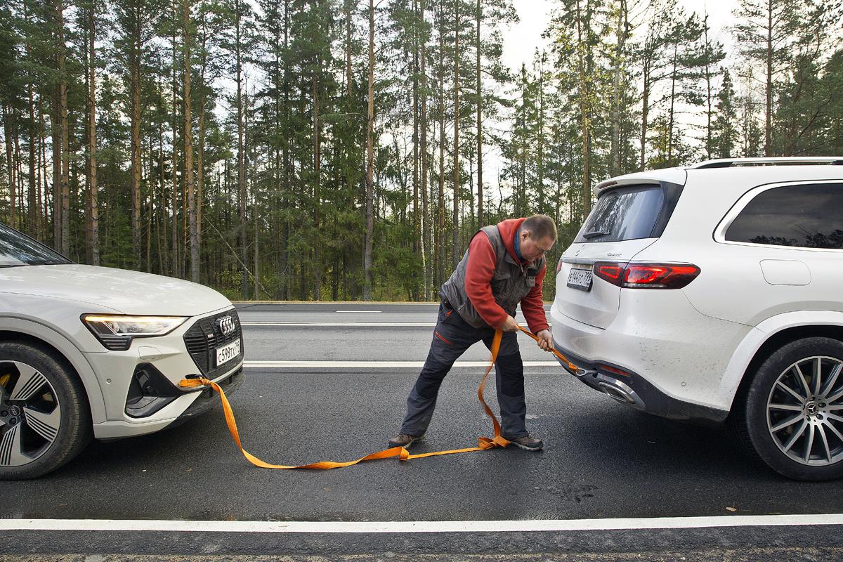 Рейтинг-тест Авторевю 2020: истории. Как мы заряжали Audi e-tron в Карелии