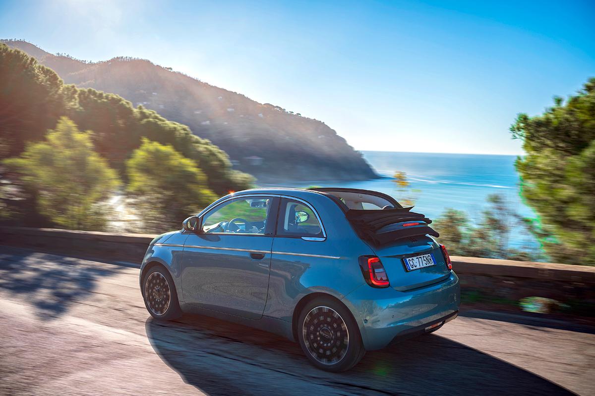 Новый Fiat 500 — узнать за 22 километра