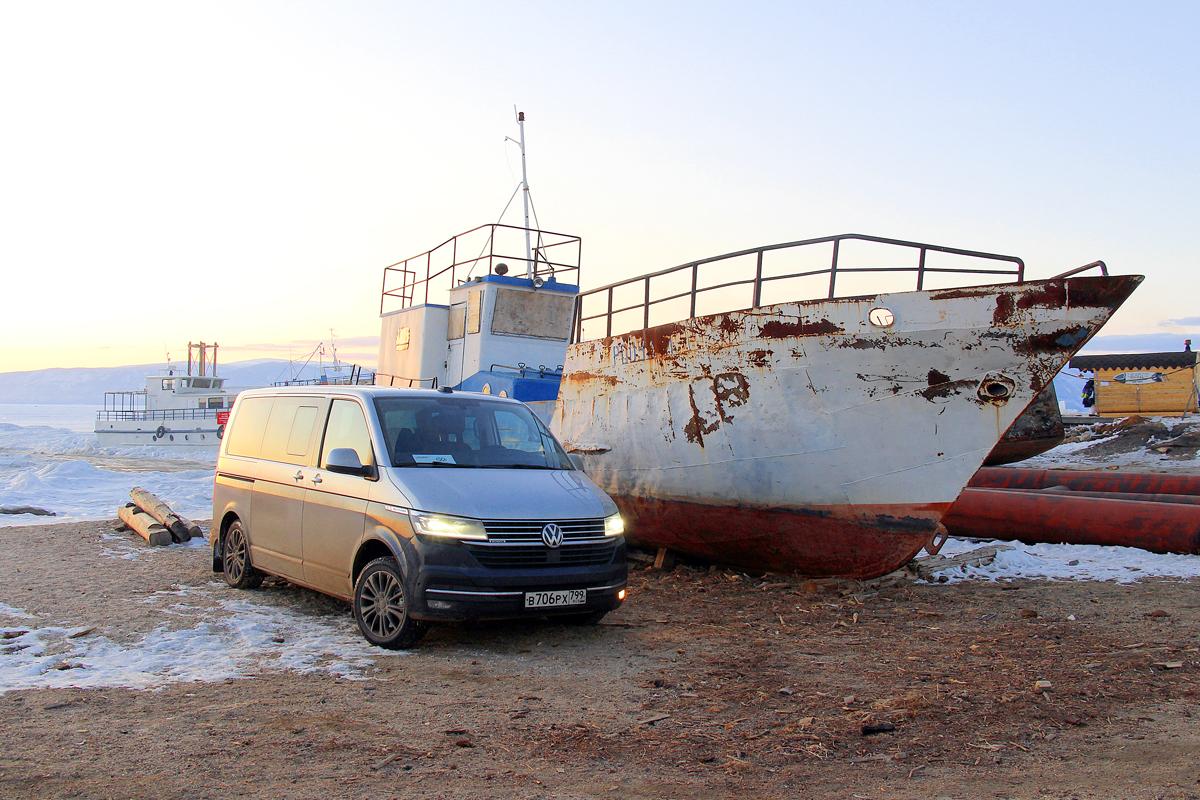 Мультибуханка: ездим на микроавтобусе Volkswagen Multivan по льду Байкала