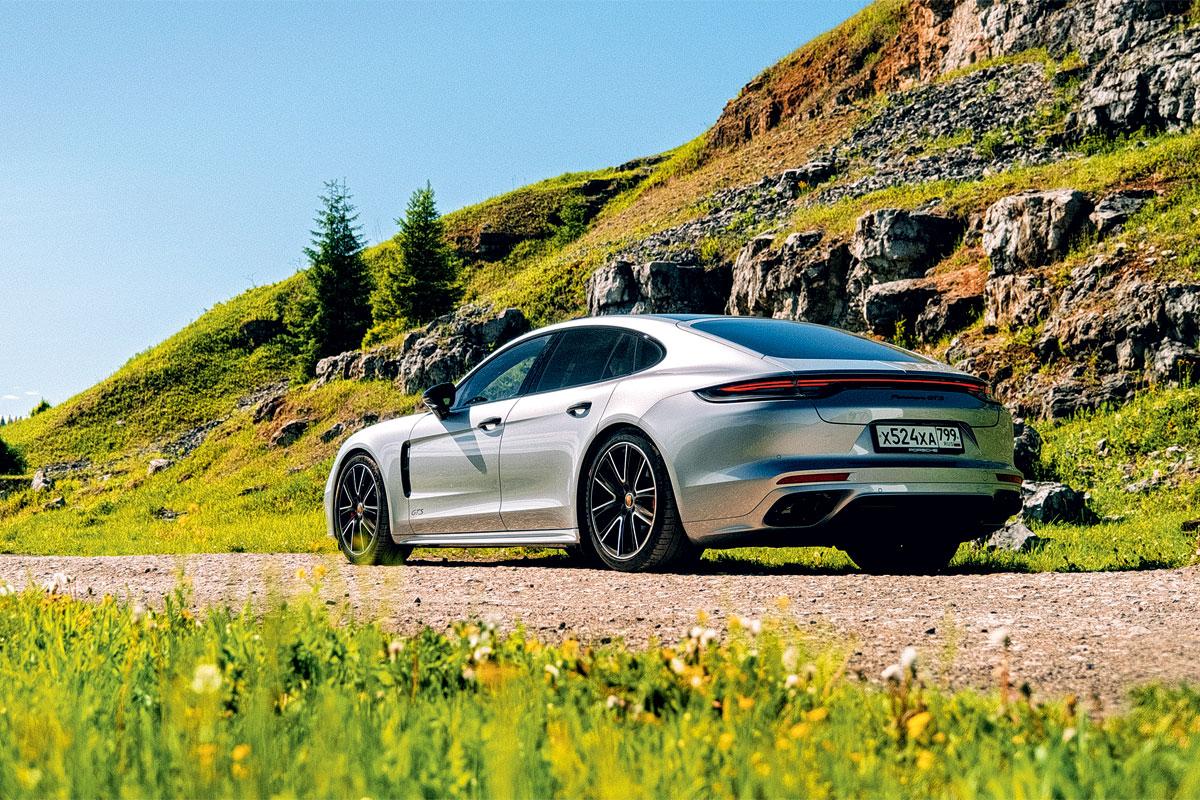 Porsche и Голованов: Panamera в Перми, 911 GTS в Италии или Taycan на парковке?